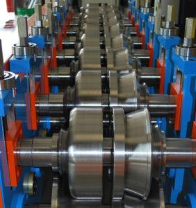 macchinario lavorazione acciaio